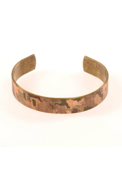 Camouflage Bracelet Made of Wood and Brass