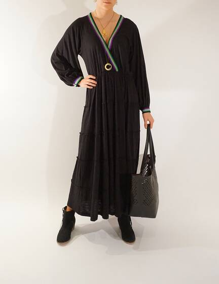 Boho Dress in black with long sleeves